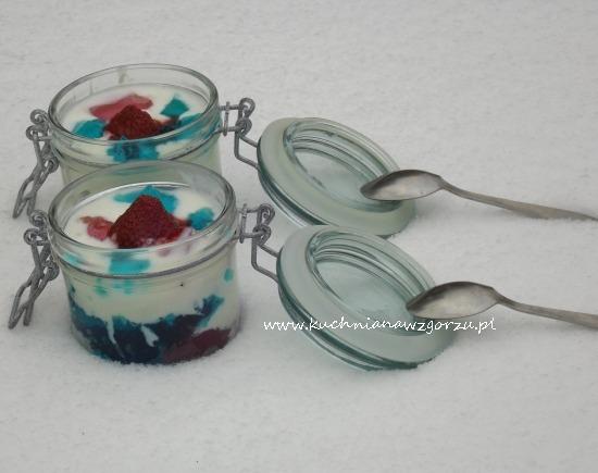 jogurtowy deser kolorowy
