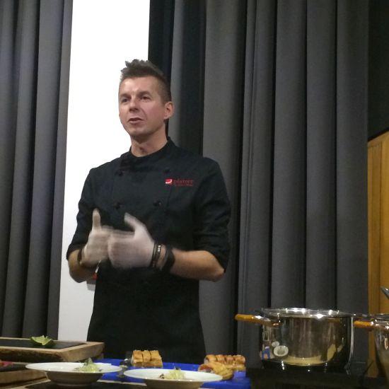 karol okrasa gotuje