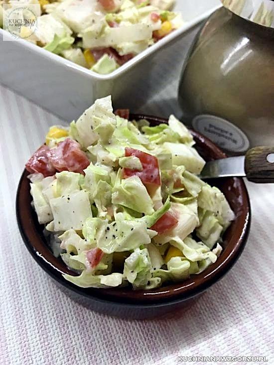 Szybka Salatka Z Kapusty Pekinskiej Z Kukurydza Przepis