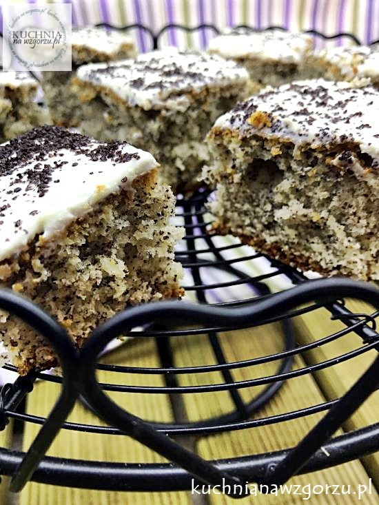 ciasto-cytrynowo-makowe