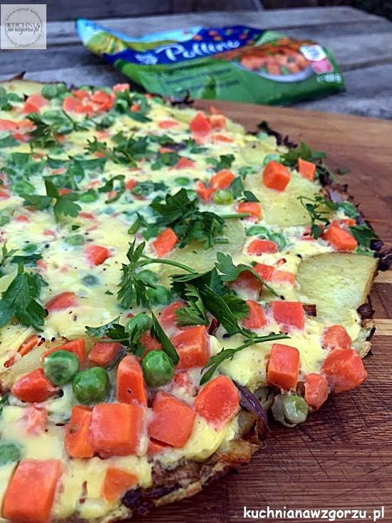 omlet-marchewka-groszek-przepis