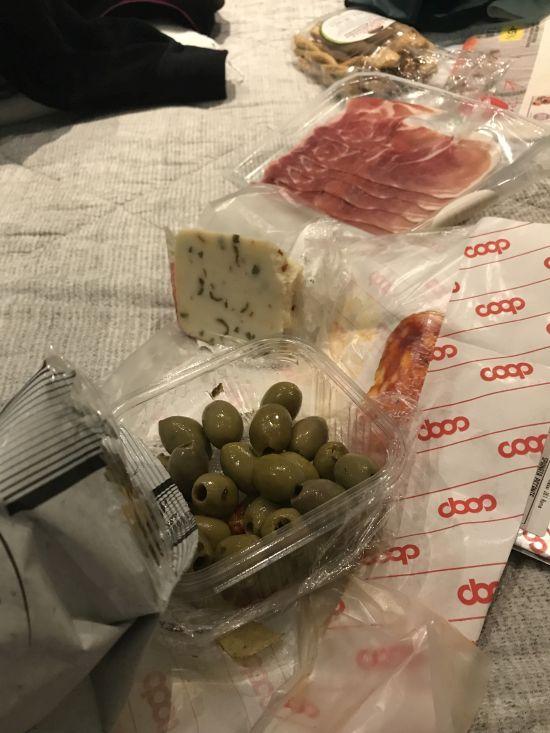 zakupy-rzym-jedzenie-coop